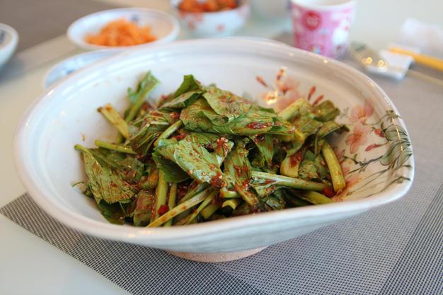 Komatsuna salad