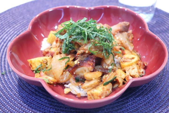 Kaisen & kimchi Don (회덮밥)